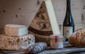 fromagerie en ligne vins de savoie et saucissons 100 authentique. Black Bedroom Furniture Sets. Home Design Ideas