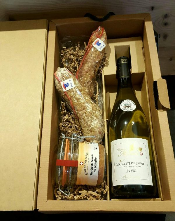 coffret cadeau saucissons terrine et vin blanc fromages et vins de savoie. Black Bedroom Furniture Sets. Home Design Ideas